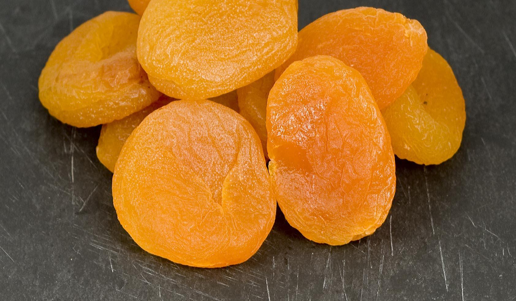 L'arôme d'abricot est très recherché dans le vin, on le retrouve dans certains vins blancs et les grands liquoreux de Bordeaux à base de Sémillon. Tastavin votre guide du vin en ligne.