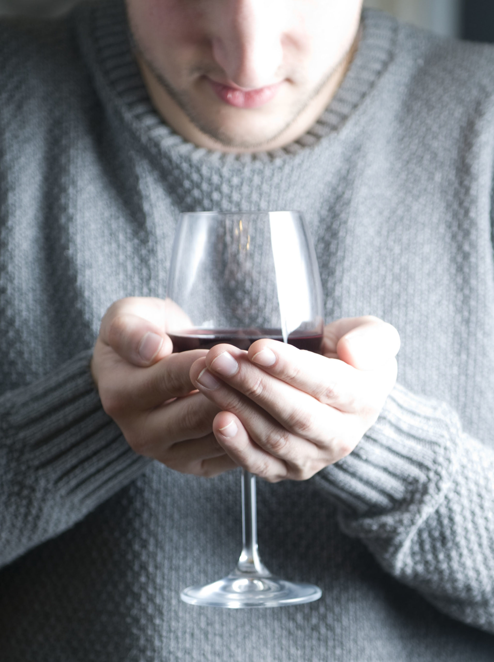 Dégustation du vin au nez - Toutes les astuces et conseils pour une bonne dégustation de vin - tastavin votre caviste en ligne.