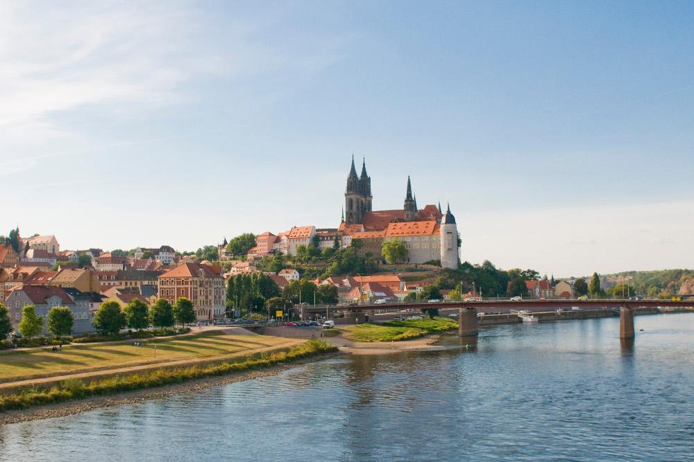 Vignoble de Saxe en Allemagne sur le guide du vin en ligne de votre caviste Tastavin - Livraison en France et en Europe de vin à domicile.