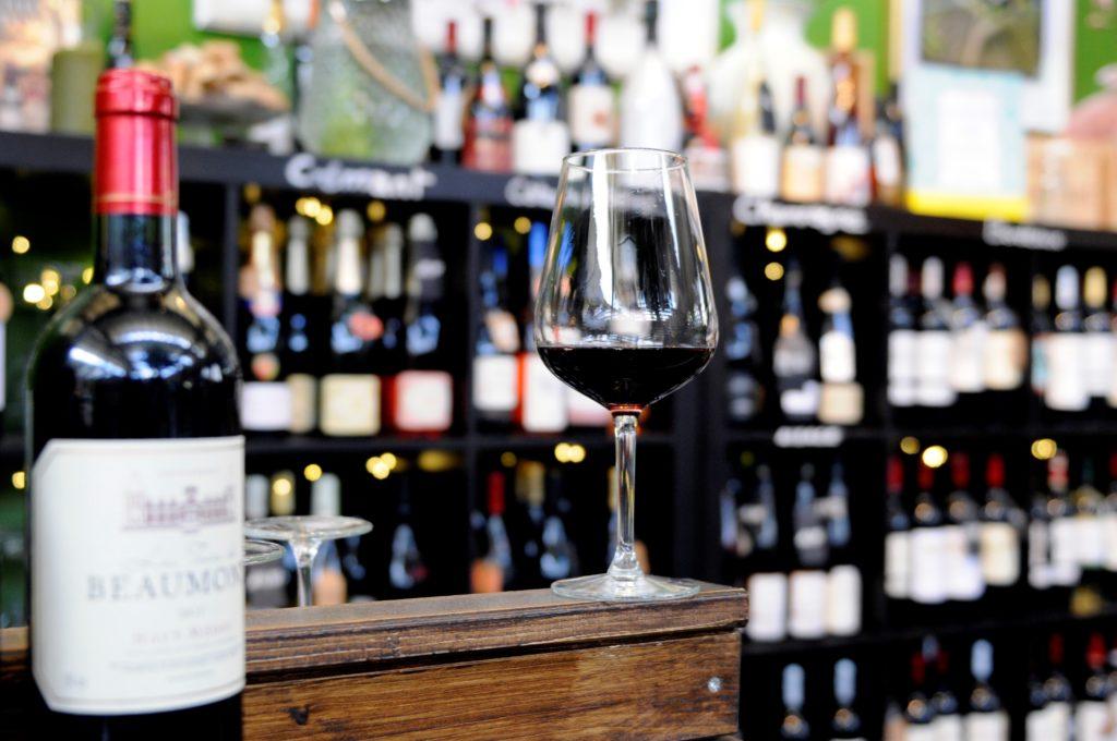 Commande de vin rouge en ligne chez Tastavin, votre caviste sur internet